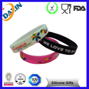 for Promotion Gift OEM Multicolor Debossed Silicone Bracelet pictures & photos