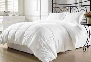 White Goose Down Alternative Comforter pictures & photos
