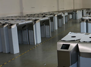 Manual Swing Barrier and RFID Access Swing Turnstile Gate pictures & photos