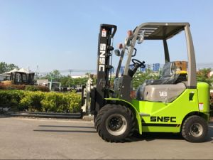 Snsc Rough Terrain Tyre 1.8 Ton Rotation Clamp Forklift pictures & photos