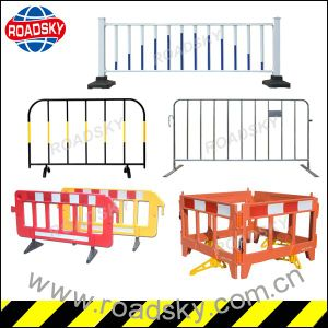 Plastic / Metal Temporary Traffic Safety Crowd Control Barrier pictures & photos