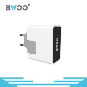 USA/UK/EU Plug USB Charger with LED Indicator pictures & photos