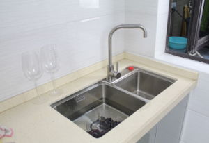 Kitchen Taps, Kitchen Mixer Tap, Kitchen Sink Water Tap Ab105 pictures & photos