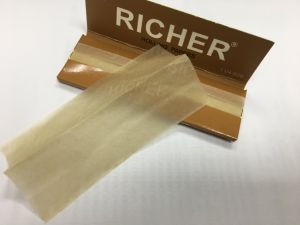 Richer OEM Brand Watermark Cigarette Rolling Paper pictures & photos