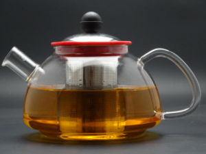 900ml Singlge Wall Hand Made Borosilicage Glass Teapot with Steel Lid and Infuser pictures & photos