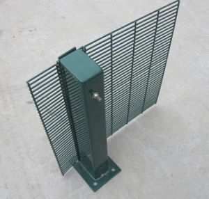 358 Welded Security Fence Prison Mesh / Powder Coated Security Fence pictures & photos