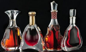 Popular Wine Xo Whisky Glass Container Glass Bottle pictures & photos