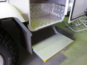 Electric Folding Step Motorhome Step pictures & photos