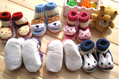 Winter Indoor Floor Baby Sock pictures & photos
