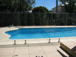 Widely Used for Pool Fence Balcony, Glass Balustrade, Glass Railing pictures & photos