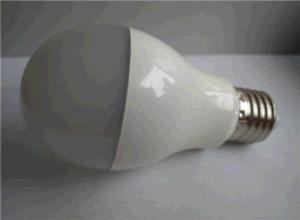 High Power LED Bulb Aluminum&Plastic 80lm/W pictures & photos