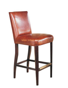 (CL-4409) Classic Hotel Restaurant Club Furniture Wooden High Barstool Chair pictures & photos