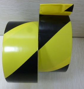 Conspicuous Vehicle Reflective Tape (DFZ 049) pictures & photos