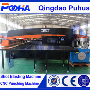 High Quality Hydraulic Press CNC Turret Punching Machine pictures & photos