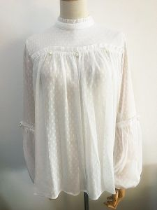 Fashion Women Shirt Cape Collar Puff Sleeve White Clothing pictures & photos