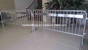 Temporary Pedestrian Barricade & Fence Event Control Barricade Crowd Stopper Barrier( pictures & photos