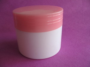 100g White Plastic Cosmetic Jar with Closure pictures & photos