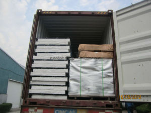 Roof Sandwich Panel Putting in 40feet Containers pictures & photos