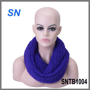 Latest Winter Fashion Solid Infinity Scarf for Ladies pictures & photos