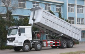 Cnhtc HOWO 8X4 Tipper Truck with High Quality (ZZ3317N3061) pictures & photos