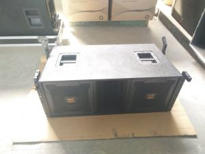 "Vt-4888 Double 12"" 3 Way PRO Audio Line Array Speaker pictures & photos"
