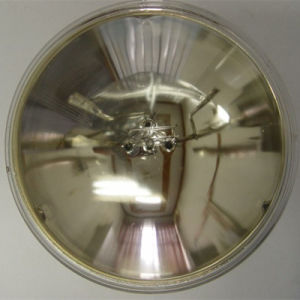 PAR46 Screw Teminal Warm Light Aircraft Halogen Lamp pictures & photos