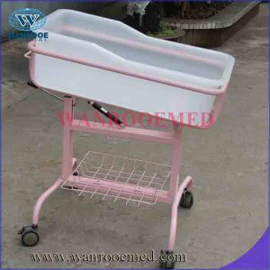 Bbc002 High Quality Adjustable Hospital Baby Trolley with Mattress pictures & photos