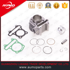 Cylinder Kit Bore 52.4mm for Chinese 125cc Scooters Motorcycle Cylinder pictures & photos