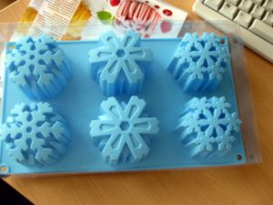 Snowflake Silicone Rubber Mould for Cake, Coap, Chocolate and Ice Cube., etc (mic-041)