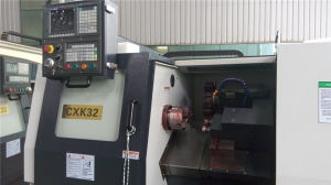 3 Axis CNC Machine Price Jdsk Lathe Machine CNC HTC32/Cxk32 pictures & photos
