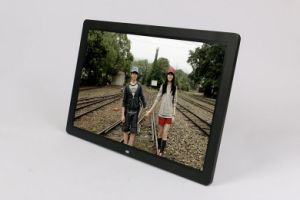 17 Inch LCD Screen Digital Photo Frame with Human Sensor Suitable for Shop Advertising Display pictures & photos
