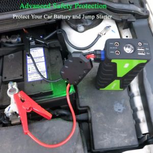 Car Accumulator Jump Starter with Built-in LED Flashlight Dual USB Port pictures & photos