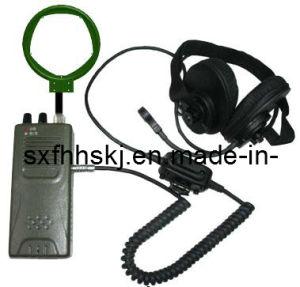 Long Wave Induction Spread Spectrum Handheld Radio