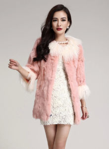 Women′s Winter Warm Rabbit Fur and Tibet Sheep Fur Patchwork Coat pictures & photos