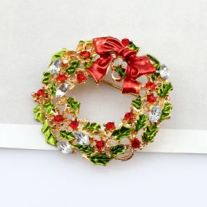 New Arrival Christmas Rhinestone Brooches for Women Cute Style Multicolor Bow-Knot Wreath Brooch Pins for Girls Fashion Jewelry pictures & photos