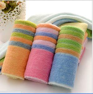 100% Cotton Jacquard Bath Towel pictures & photos
