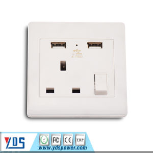 Single UK USB Wall Socket with 1 UK Socket Size: 86*86*35mm pictures & photos