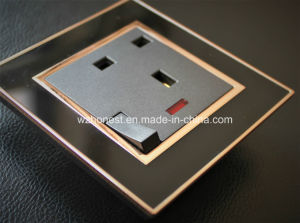 Supplier 13A UK Electrical Switch and Socket 220V Modern pictures & photos