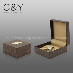 Design Cloth Plastic Jewellery Packaging Box pictures & photos