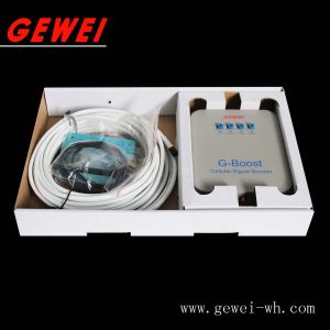 AC Output Tri-Band Wireless/ 2g/3G/4G Cellphone Signal Booster pictures & photos