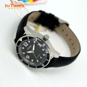 Intimes Brand Sports Watch CE & RoHS Certified It-1052L 50m Waterproof Watch