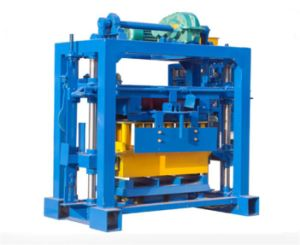 Qt40-2 Small Block Cement Brick Making Machine pictures & photos