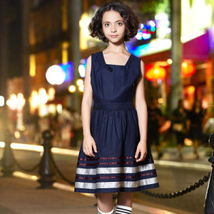 Classical Girls School Uniform Dresses Toddler Kids Long Sleeve Dress pictures & photos