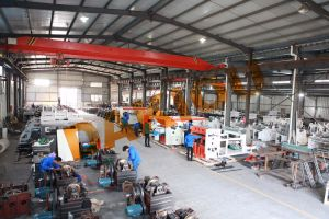High Speed Insulating Paper Cup Machine pictures & photos