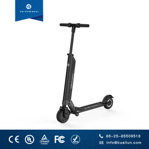 Kuickwheel One Second Folded with Draggging Wheel Electric Scooter