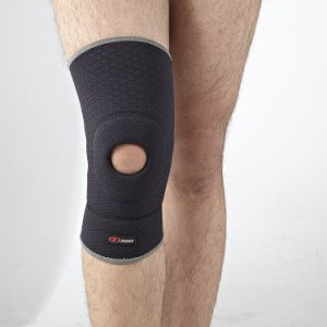 Compression Breathe Neoprene Facric Knee Brace Guard Support pictures & photos