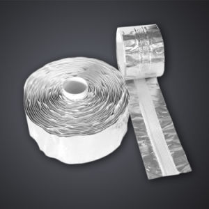 Radiant Heat Reflective Aluminum Foil with Fiberglass Weld Backing Tape pictures & photos