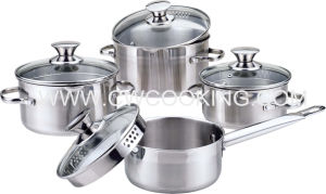 8PCS Stainless Steel Cookware Set with Pouring Lip pictures & photos