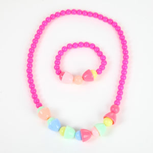 Cute Kids Beaded Necklace Wholesale pictures & photos