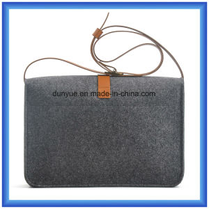 Factory Make Eco-Friendly Wool Felt Casual Messenger Bag, Hot Promotion Gift Shopping Tote Shoulder Bag with PU Leather Belt pictures & photos